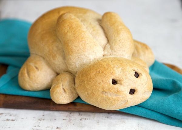 Pâtisserie lapin de Pâques - recettes faciles et beaucoup d'idées petit pain aux épices lapin de pâques