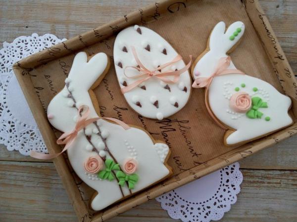 Pâtisserie lapin de Pâques - recettes faciles et beaucoup d'idées préparer biscuit sous forme de lapin