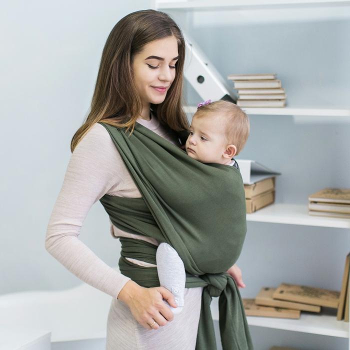 cadeau de naissance original pour une maman écharpe de portage