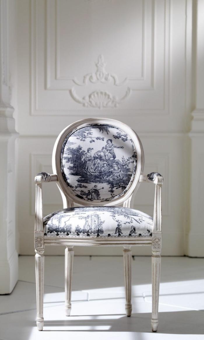 chaise moderne en toile de jouy