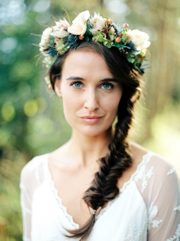coiffure mariage tresse couronne de fleurs