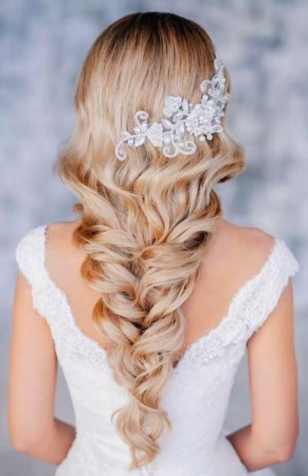 coiffure mariage tresse lâche diadème