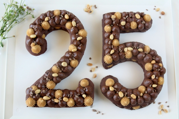 diy gâteau chiffre crème au chocolat à la meringue