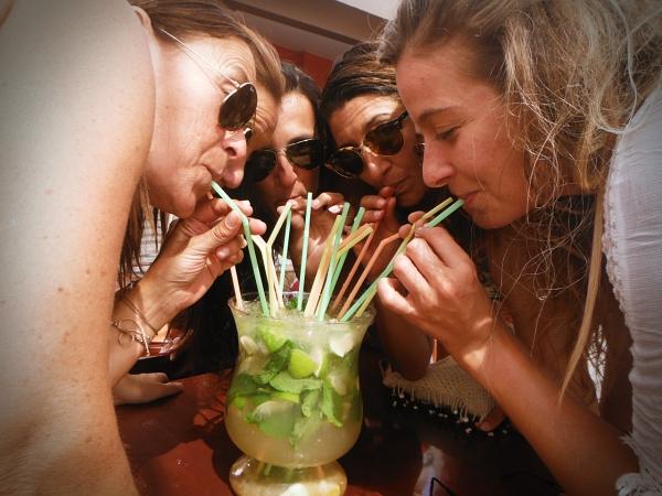 enterrement vie jeune fille boisson magique