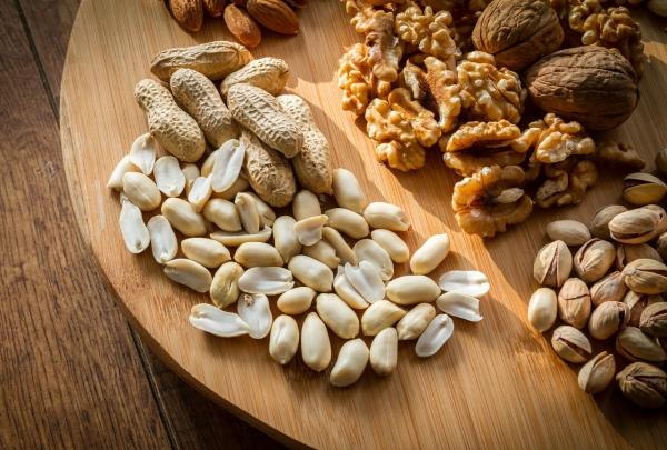 fatigue de printemps noix et cacahuètes