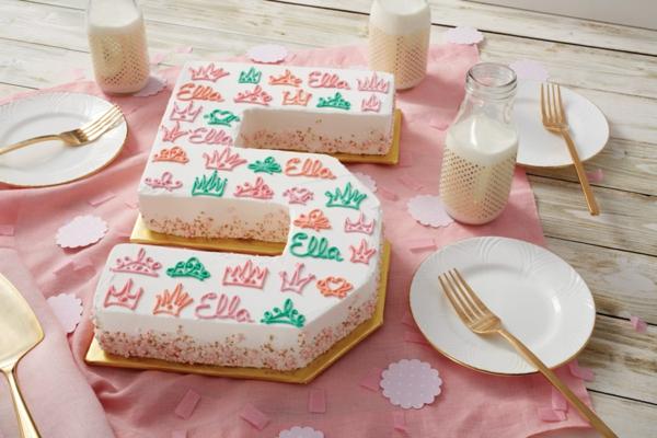 gâteau chiffre 5 anniversaire petite fille crème au beurre