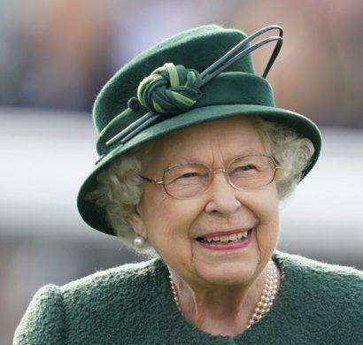 la reine Élizabeth II fête ses 93 ans