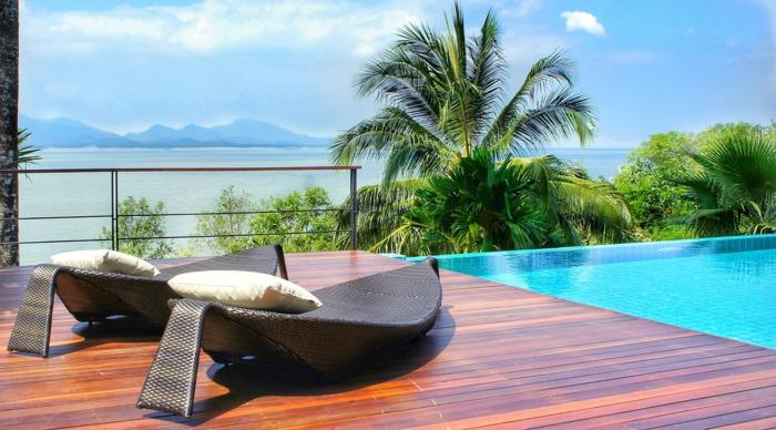 meubles piscine idée accessoires tendances