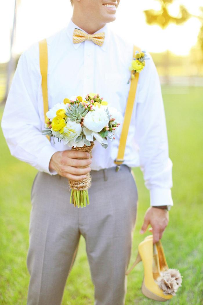 note colorée jaune idée tenue mariage homme