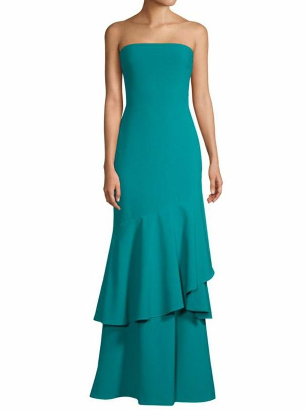 robe invitée mariage tendances 2019 robe à silhouette épurée nuance vibrante turquoise épaules nues