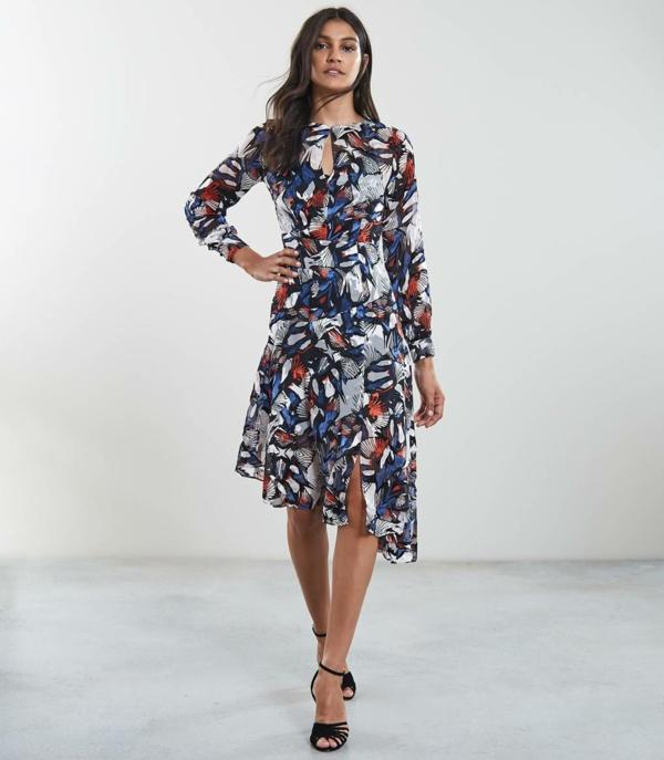 robe invitée mariage tendances 2019 robe asymétrique manches longues imprimé floral