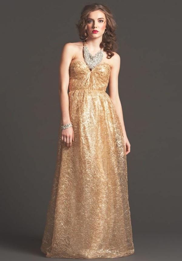 robe invitée mariage tendances 2019 robe bustier néoprène couleur or longuer ras du sol épaules nues