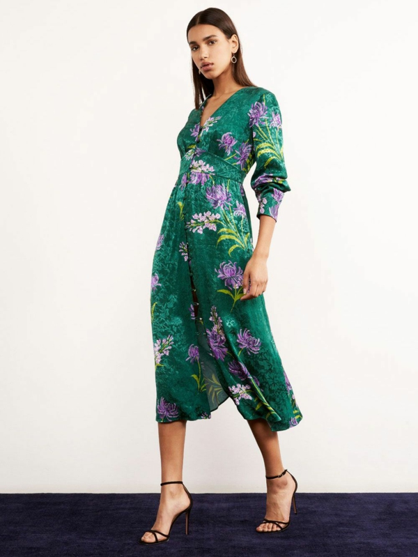 robe invitée mariage tendances 2019 robe florale manches longues