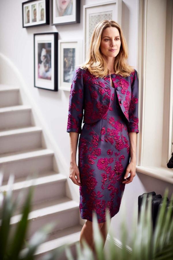 robe invitée mariage tendances 2019 robe longue à fleurs brodées boléro