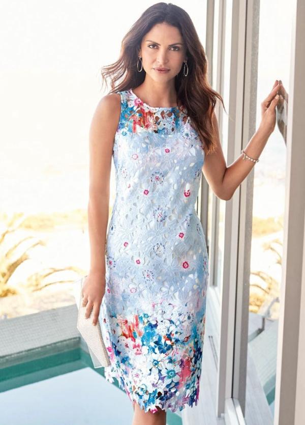 robe invitée mariage tendances 2019 robe moulante sans manches dentelle
