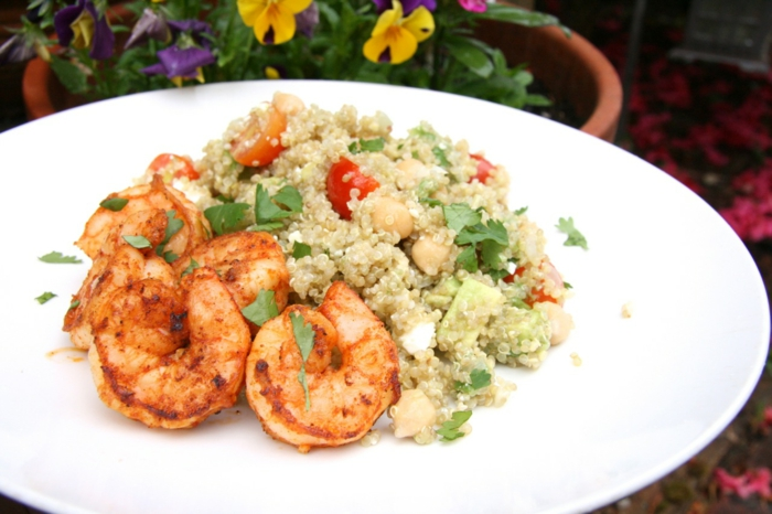 salade de crevettes au quinoa et feta