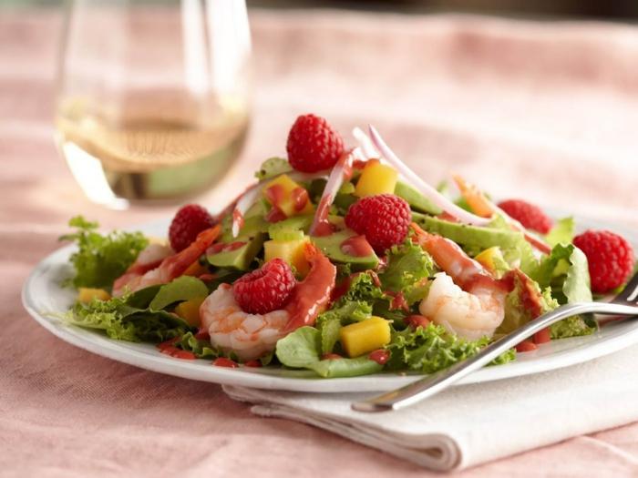 salade de crevettes et framboises