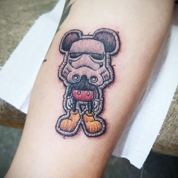 tatouage broderie original