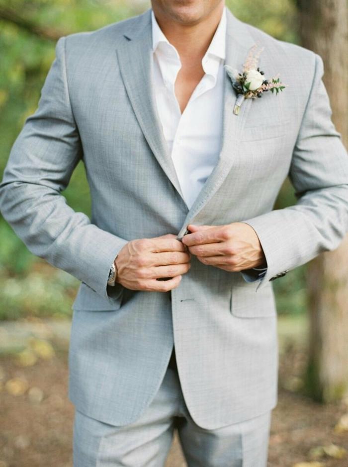 tenue mariage homme gris clair