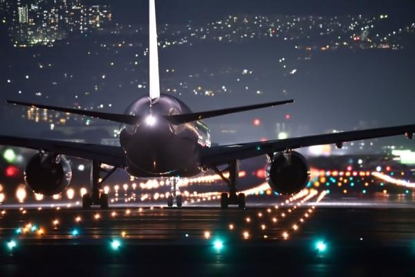 10 conseils pour survivre sur les vols long-courriers aéroport