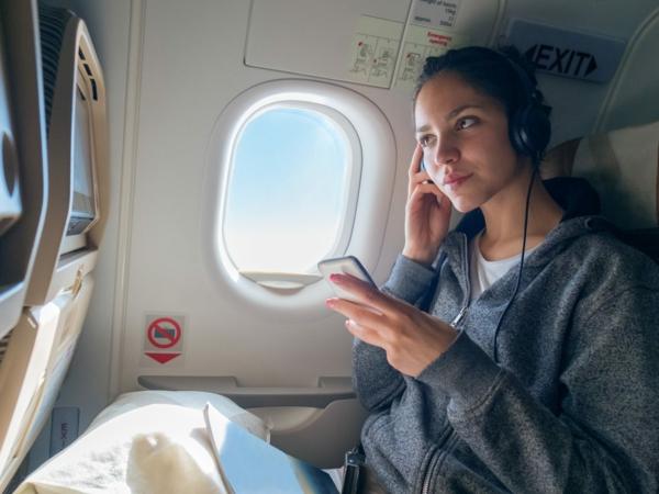 10 conseils pour survivre sur les vols long-courriers divertissements