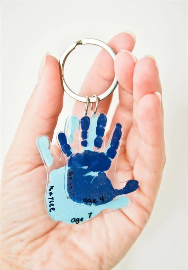 Cadeau Fête des Pères DIY - idées créatives pour enfants et mamans porte-clés personnalisé