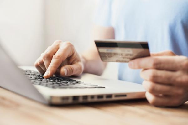 Et si vous arrêtiez de trop dépenser achats en ligne