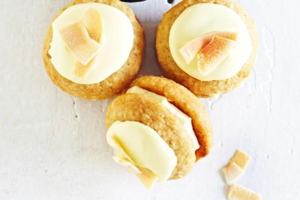 Recette whoopies - préparer les gâteaux sandwiches à la crème moelleuse whoopies à la noix de coco et au citron