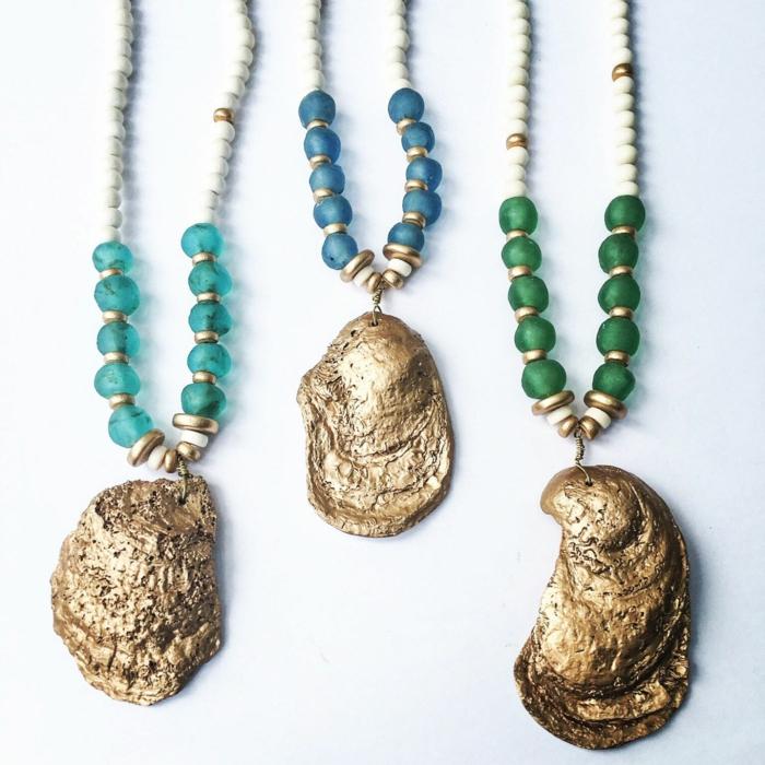 bijoux coquillage avec une touche dorée