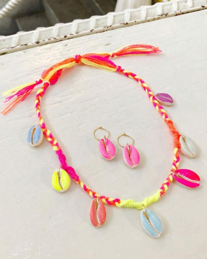 collier et boucles d'oreilles bijoux coquillage