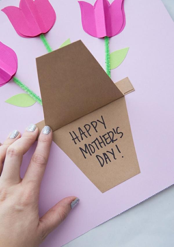 fabriquer carte fête des mères tulipes