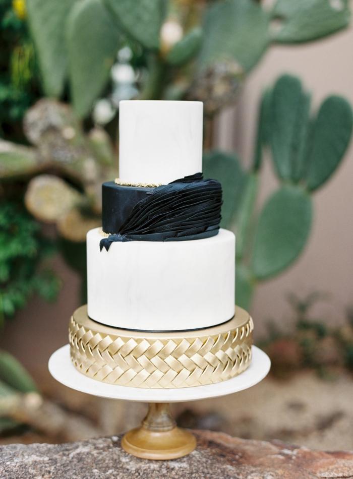gâteau de mariage 2019 noir