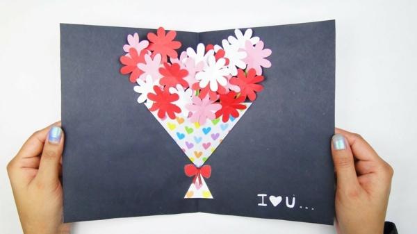 idée Carte Fête des Mères originale à fabriquer vous-même bouquet pop up