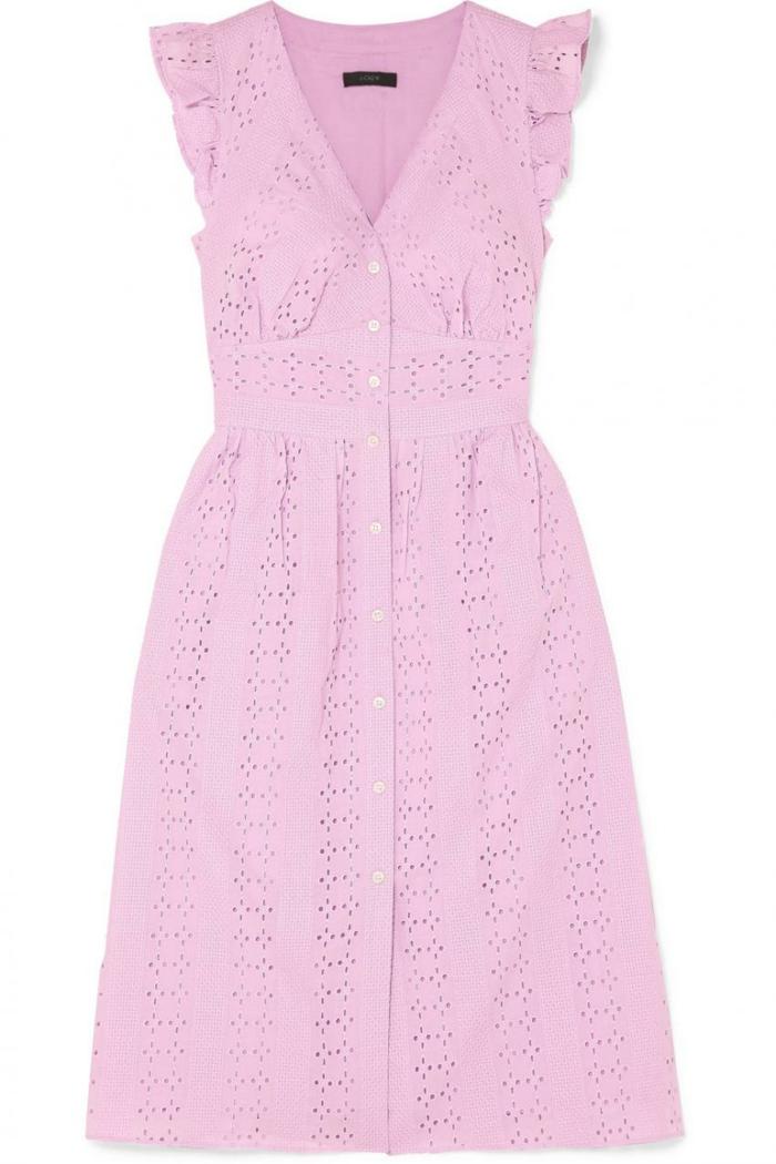 inspiration en rose robe boutonné devant broderie anglaise