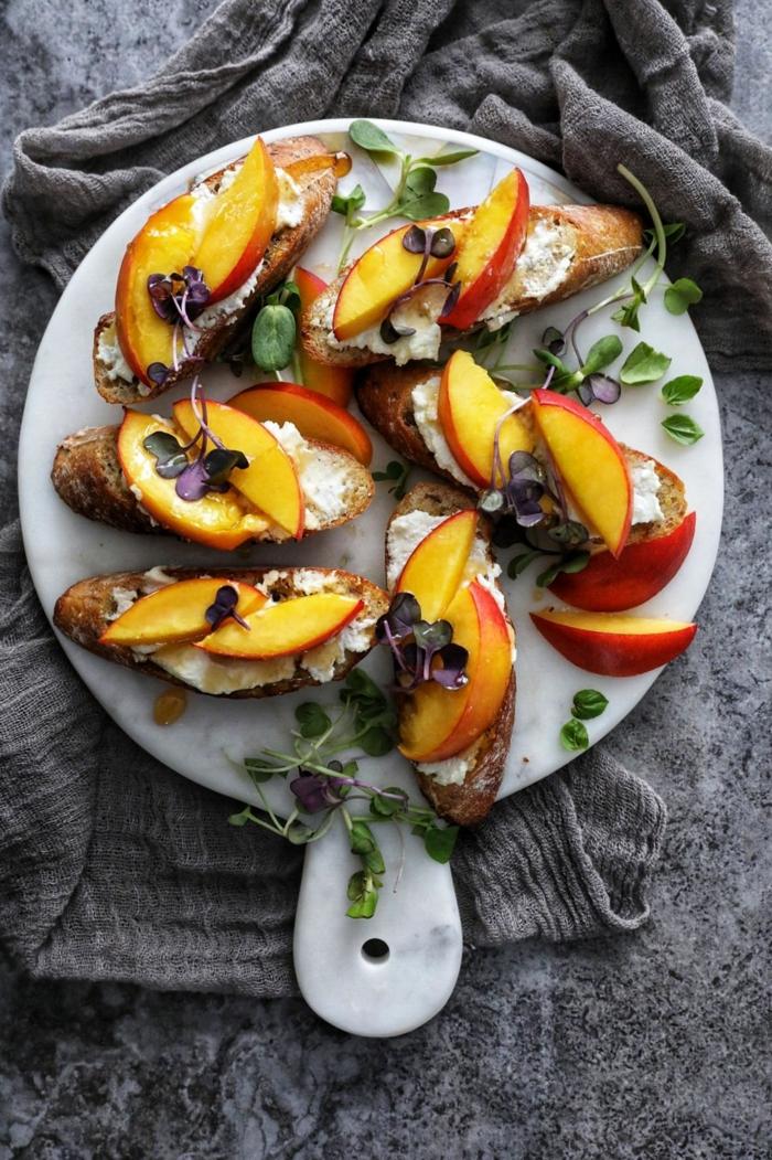 recette bruschetta aux nectarines et fromage de chèvre