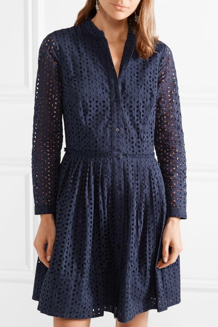 robe boutonné devant en broderie anglaise bleu foncé