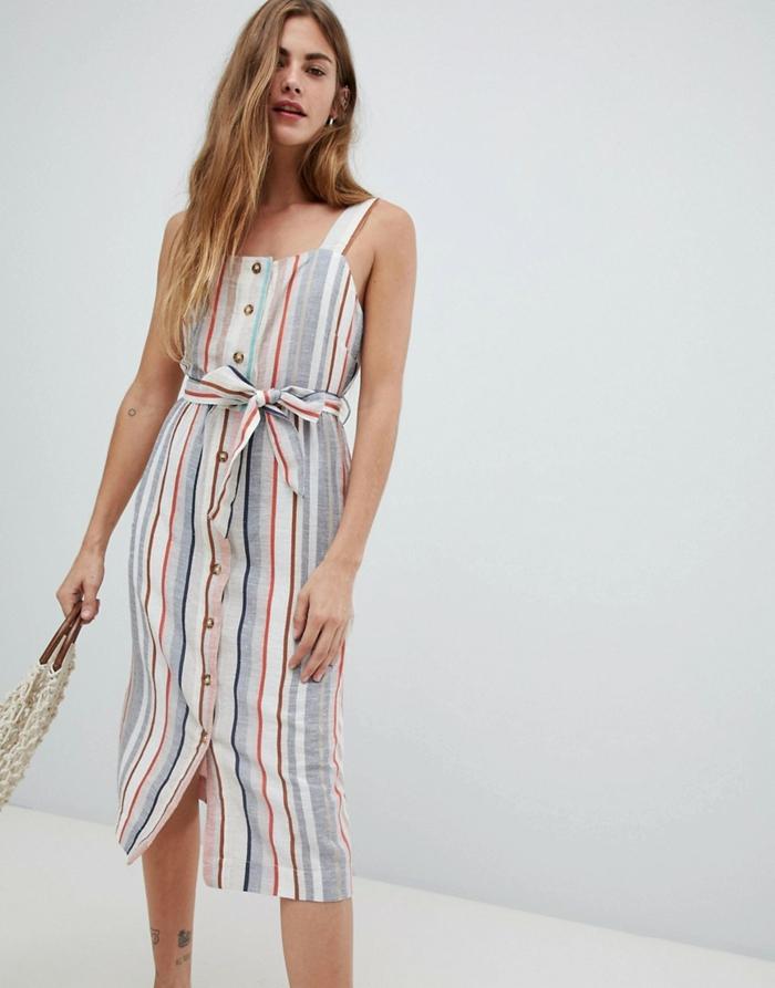 robe boutonnée devant rayures