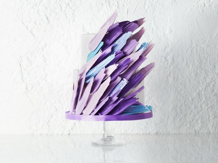 touche de violet brushstroke cake gâteau de mariage