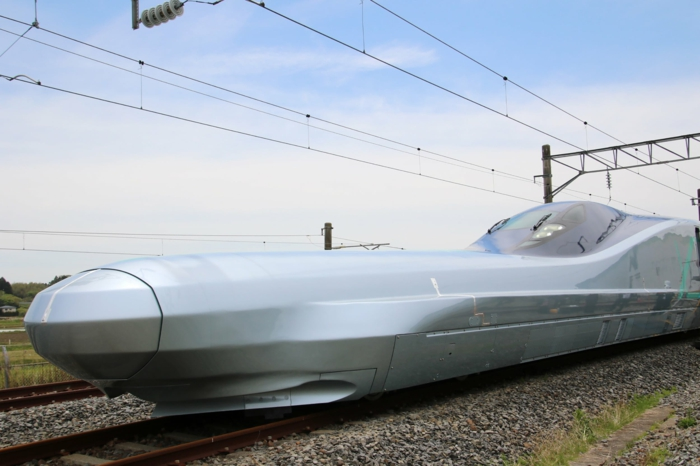 train alfa x tgv japonais en tests