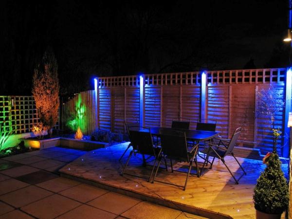 éclairage extérieur ampoules à couleur changeante