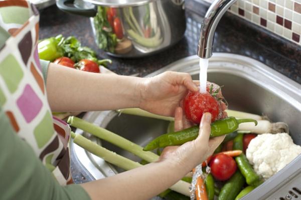 5 façons d'utiliser le savon de Castille dans le jardin nettoyage de fruits et légumes
