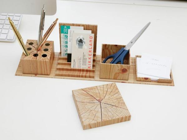 Idée cadeau maîtresse pour dire merci à la fin de l'année scolaire boîte de papeterie en bois