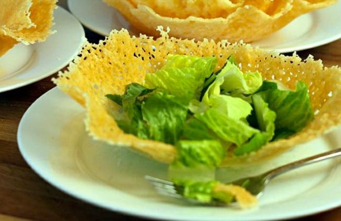 assiette au fromaage vaisselle comestible