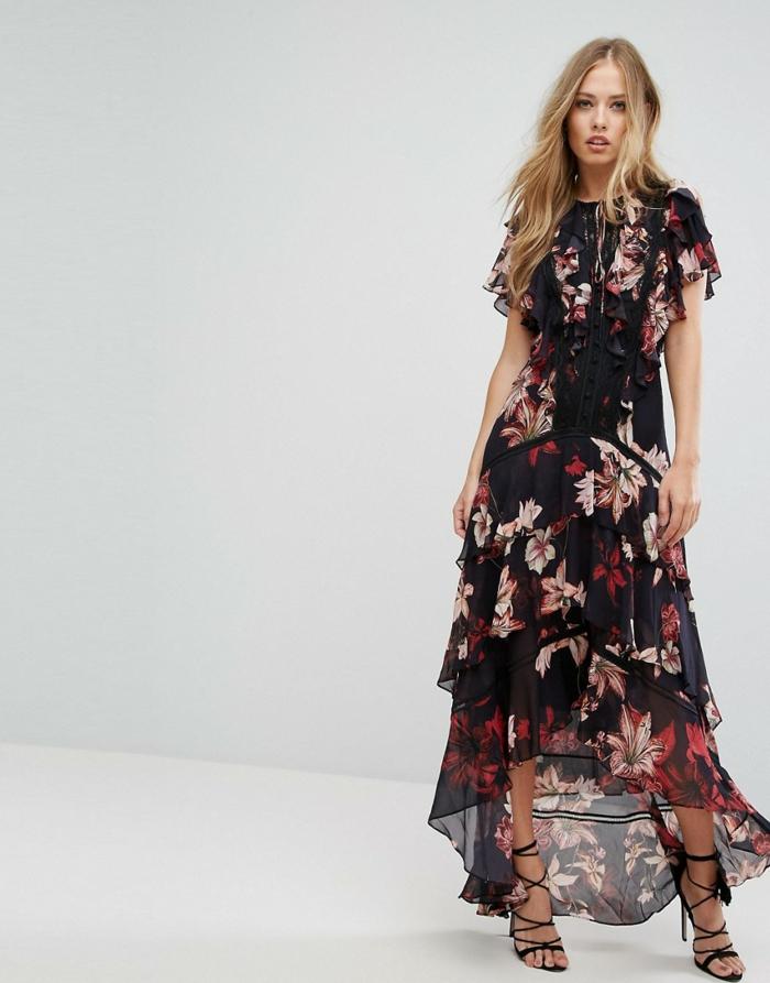 belle robe couleurs foncées robe estivale