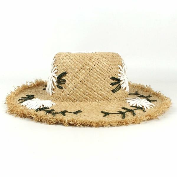 diy chapeau de paille personnalisé déco broderie motifs floraux