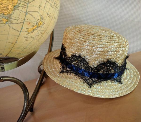 diy chapeau de paille personnalisé déco dentelle noire