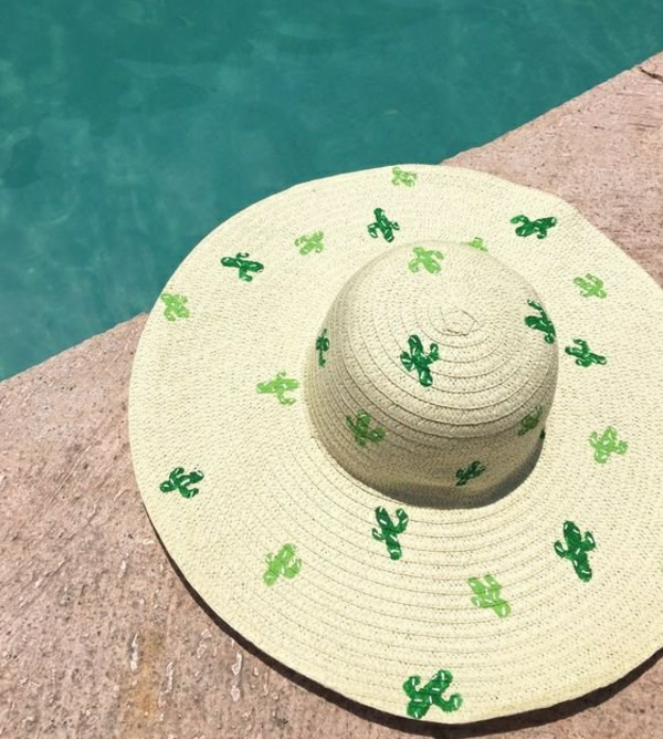 diy chapeau de paille personnalisé déco empreintes cactus