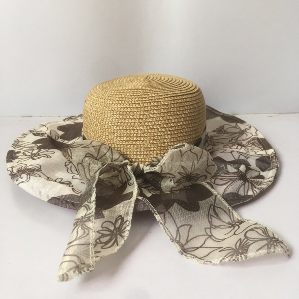 diy chapeau de paille personnalisé déco textile à motifs