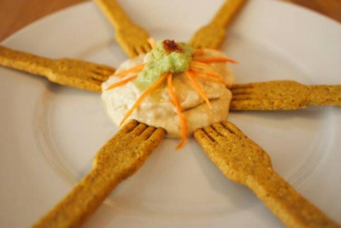fourchette mangeable vaisselle comestible