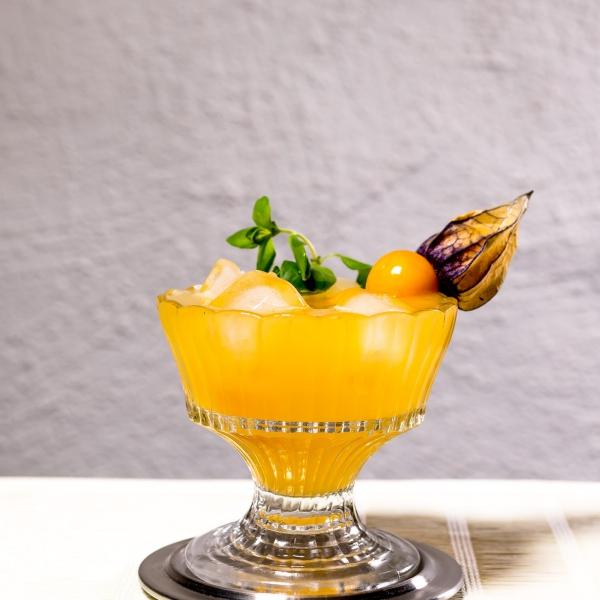 fruit physalis un cocktail
